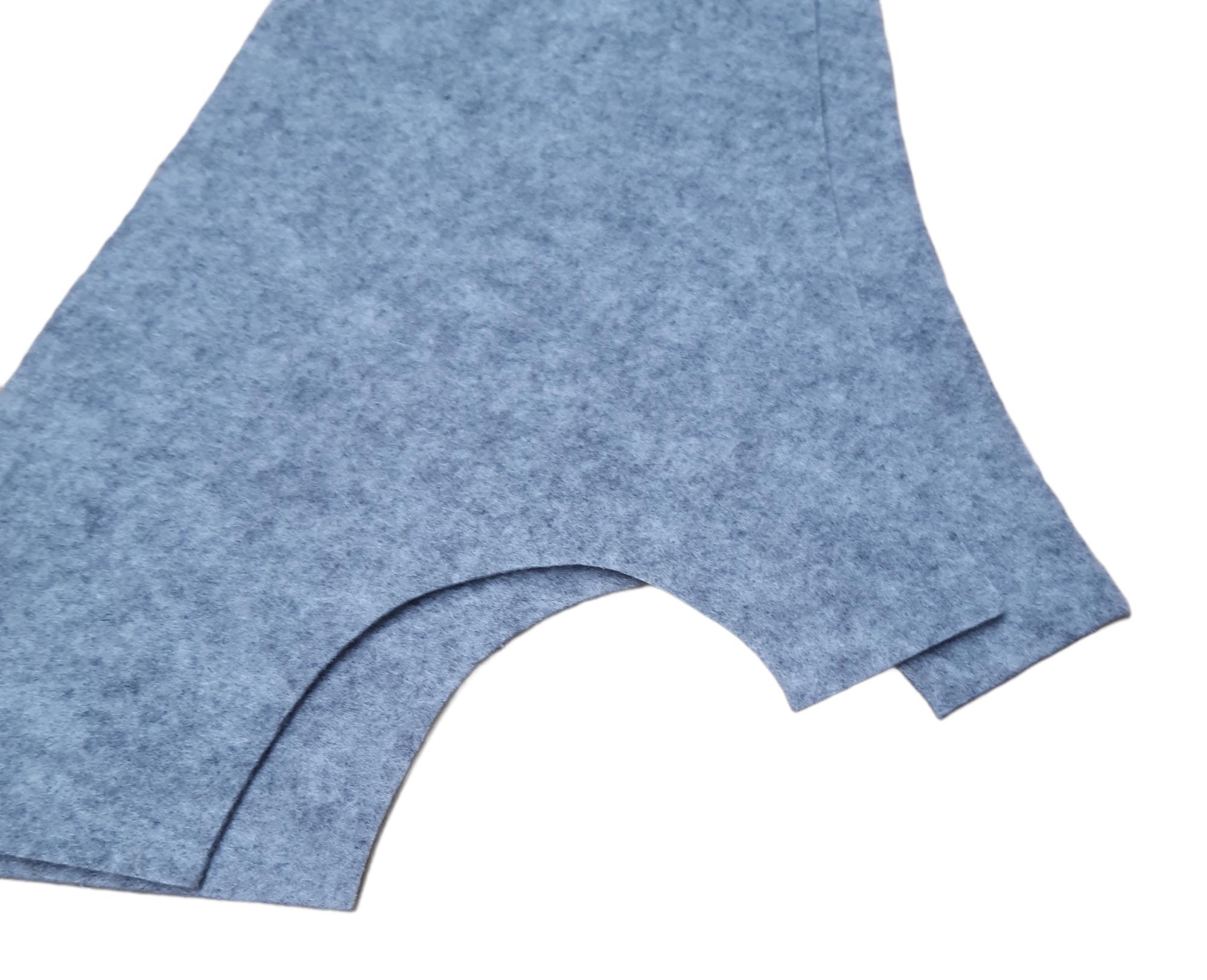 Seitenverkleidung Innen für 2CV aus unserem grauem Konturvlies